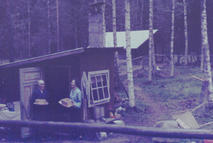 6706 Elma o Karin i buan Näverede