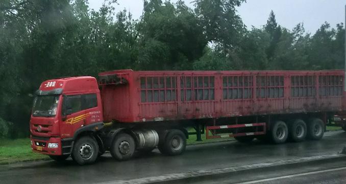 Tung lastbil i Kina